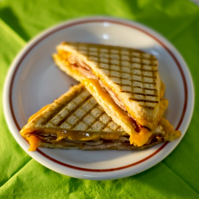 Grilled cheese baconnel