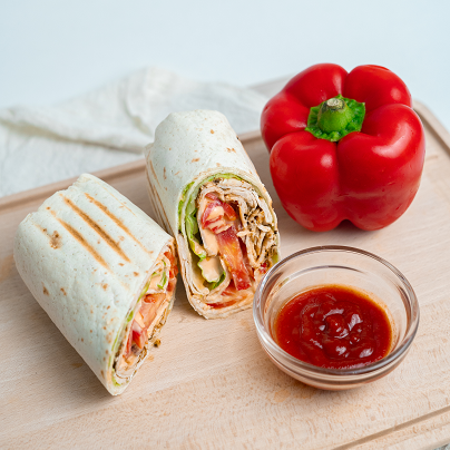 Chilis csirke wrap